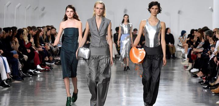 BANNER-PacoRabanneRunwayParisFashionWeekWomenswear_4