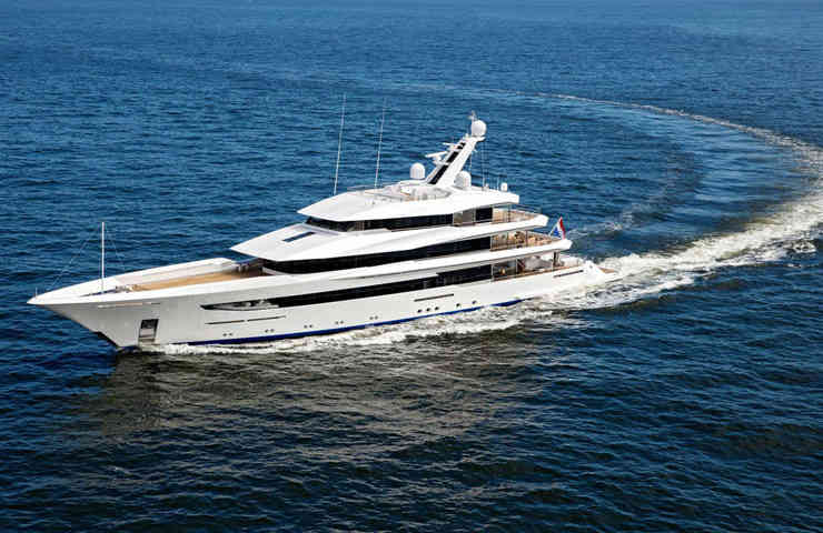 DESTAQUE Joy o super iate de 70 metros da Feadship 5