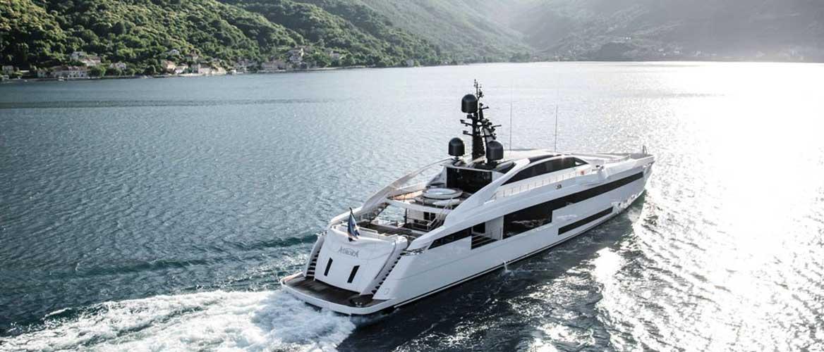 aurora-yacht-06_BANNER