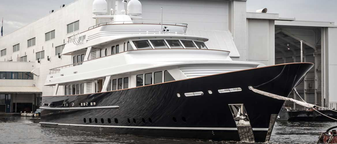 Motor-yacht-Project-697.-Copyright-Feadship.-Exterior-profile-BANNER