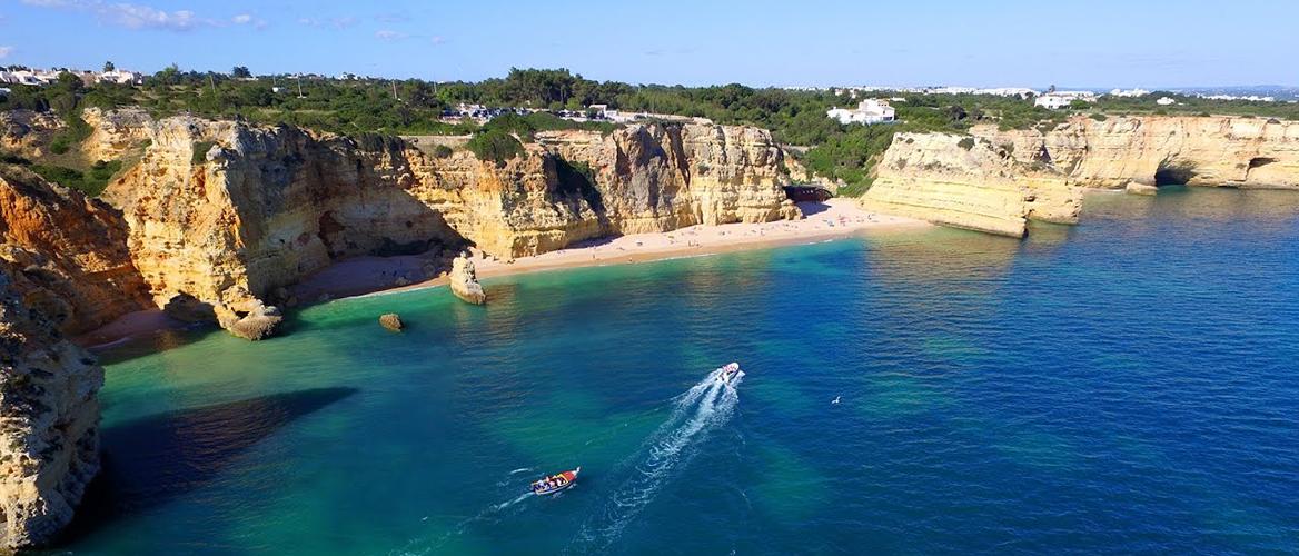 BANNER-Marinha-Beach-aerial-view